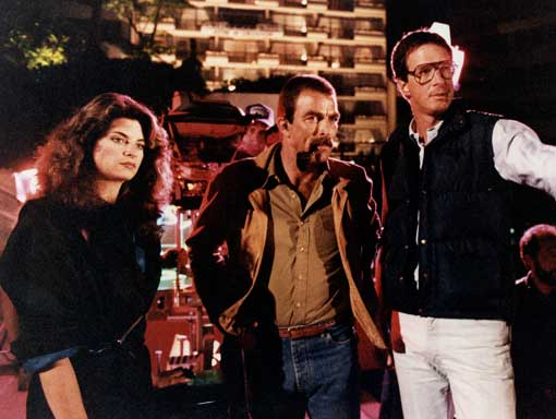 RUNAWAY - Michael Crichton with Kirstie Alley and Tom Selleck