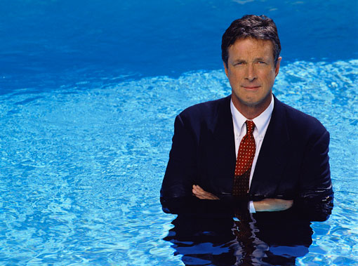 Michael Crichton in Pool